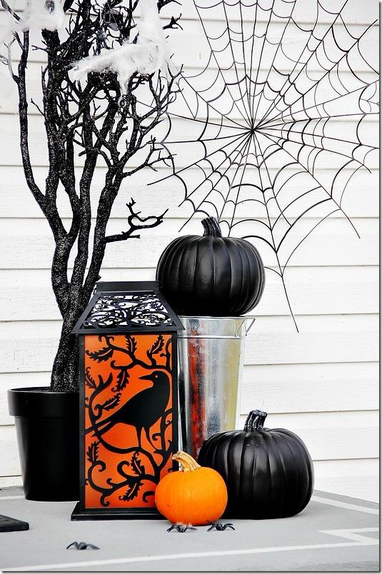 halloween-front-door-pumpkin_thumb