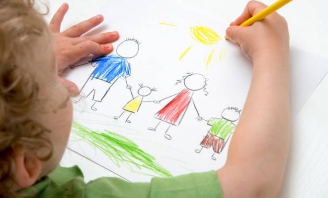 Какво-ни-разказват-детските-рисунки